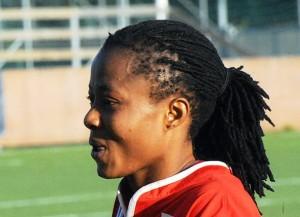 Ogonna Chukwudi, Mittelfeldspielerin im nigerianischen Nationalteam (Bild: Wikipedia/Anders Henrikson).