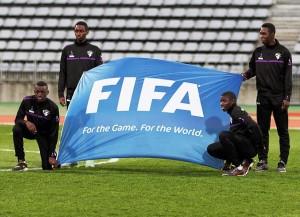 Erstmals in der Geschichte führt mit Issa Hayatou ein Afrikaner die Geschicke der FIFA (Bild: Wikipedia/Pierre-Yves Beaudouin).