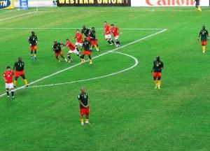 Kamerun in einem früheren Spiel (Bild: Wikipedia/hiroo/CC BY 2.0).