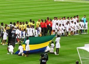 Kamerun gegen Tunesien in einem früheren Spiel (Bild: Wikipedia/Samir Abdelmoumen).